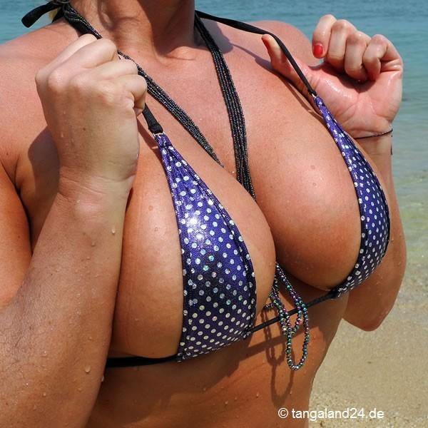 cockring am strand tanga mit perlen